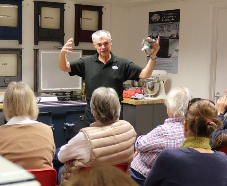 David-Pengelly-demonstrates-Everhot-Range-cookers-web