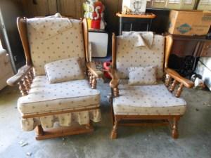 2 Chairs (1024x768)