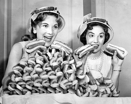 hot-dogs-hats
