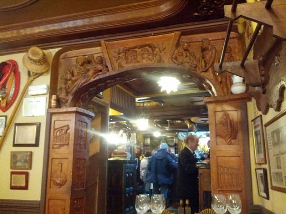 doorway from bar into Sepulveda dining room - photo by Dean Curtis, 2014