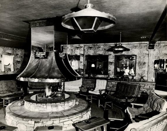 Clearman's Steak 'n Stein fireplace lounge, 1946