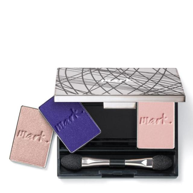 mark. by Avon Clique It Compact Custom Eyeshadow Palette