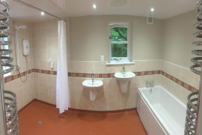 Kendal - a fully wheelchair accessible wetroom with bath