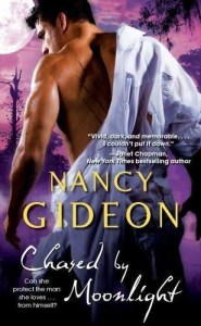 Chased by Moonlight - Nancy Gideon