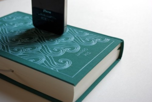 Booksi a charger for your iPhone
