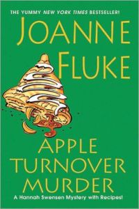 Apple Turnover Murder (Hannah Swensen Series #13)  by     Joanne Fluke