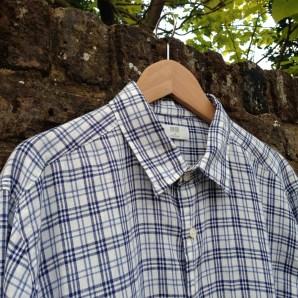 Uniqlo Premium Linen Men's Shirt - detail