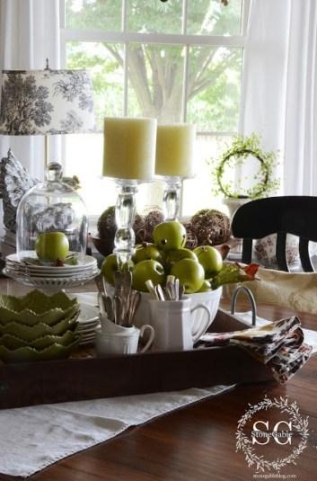 Per una palette più glam accostate le mele smith alla porcellana bianca
