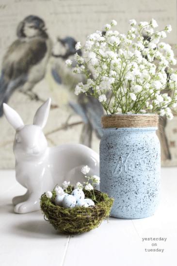Speckled-Mason-Jar-Vignette-682x1024