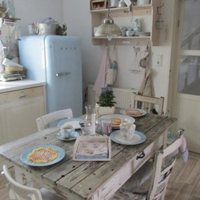 charming-shabby-chic-kitchens-that-youll-never-want-to-leave-7-554x738