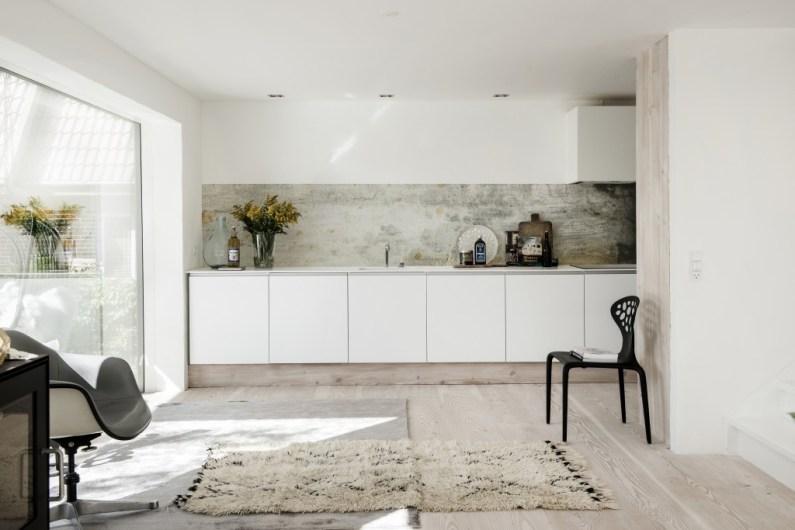 Emejing Carta Da Parati In Cucina Images - Home Interior Ideas ...