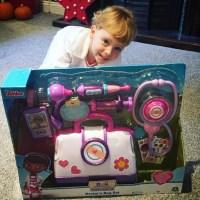 Doc McStuffins Toy Hospital Bag Set Review