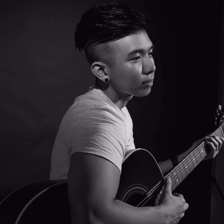 jerome-alexander-guitar