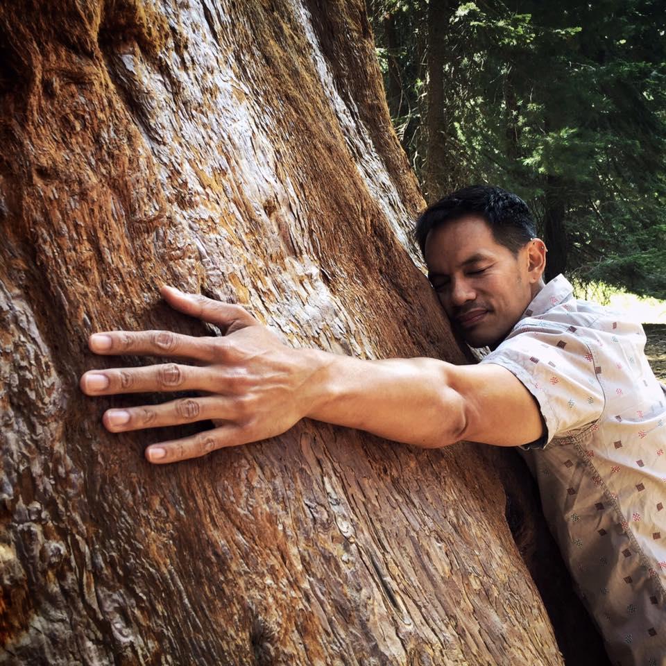 Laurindo Garcia tree hugger