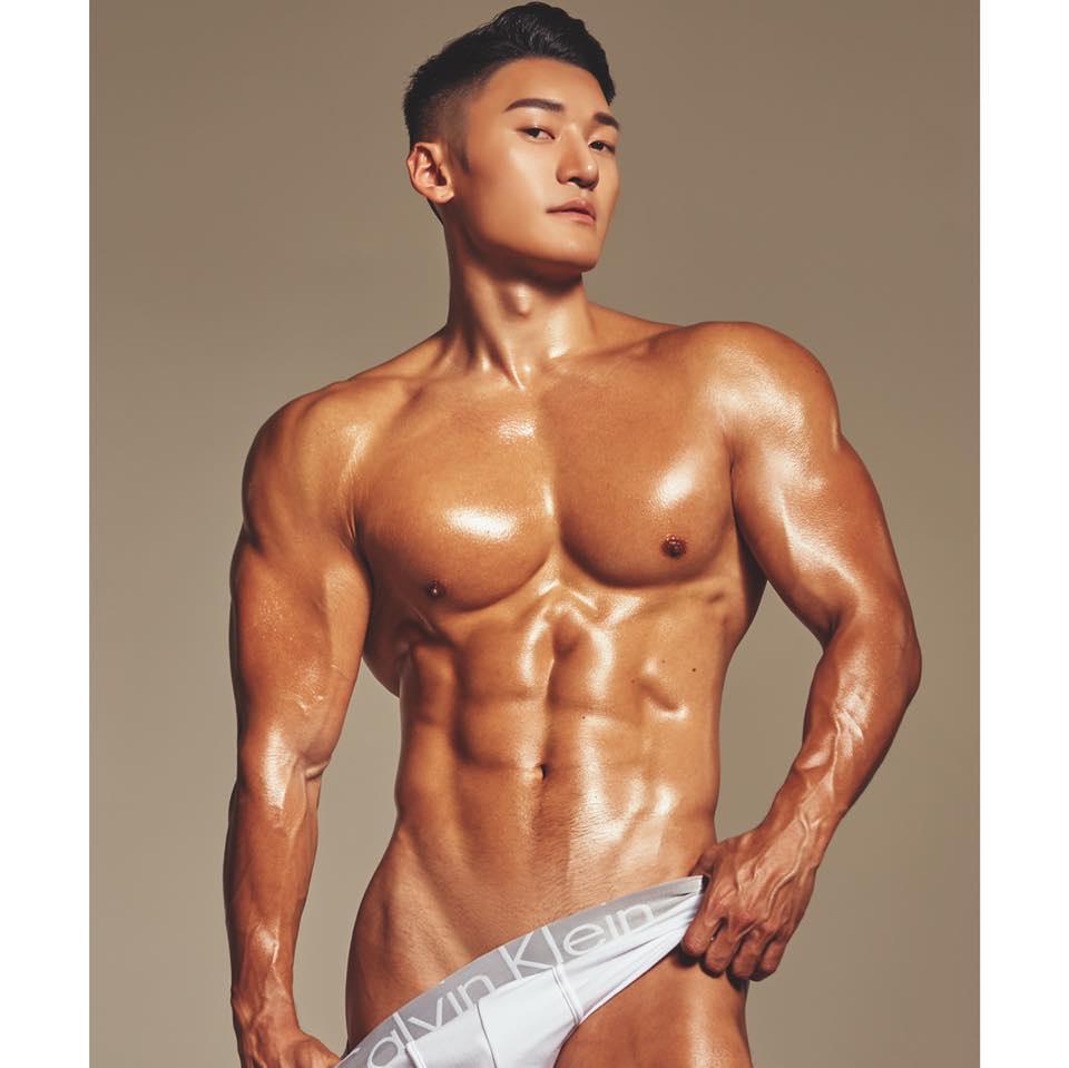 MAX HWAN