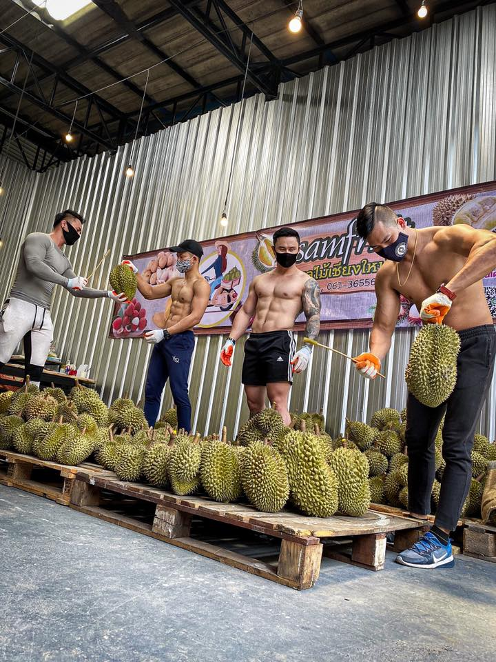 Bsamfruit Durian deliver cutting durians