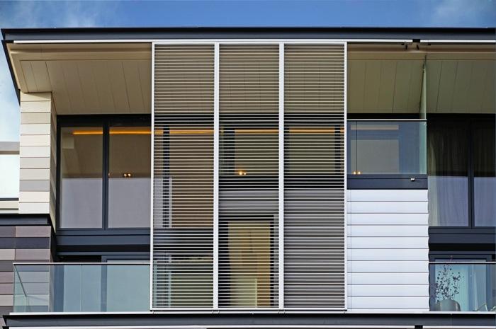 Sonnenschutz Für Die Wohnung Mit Outdoor-Jalousien