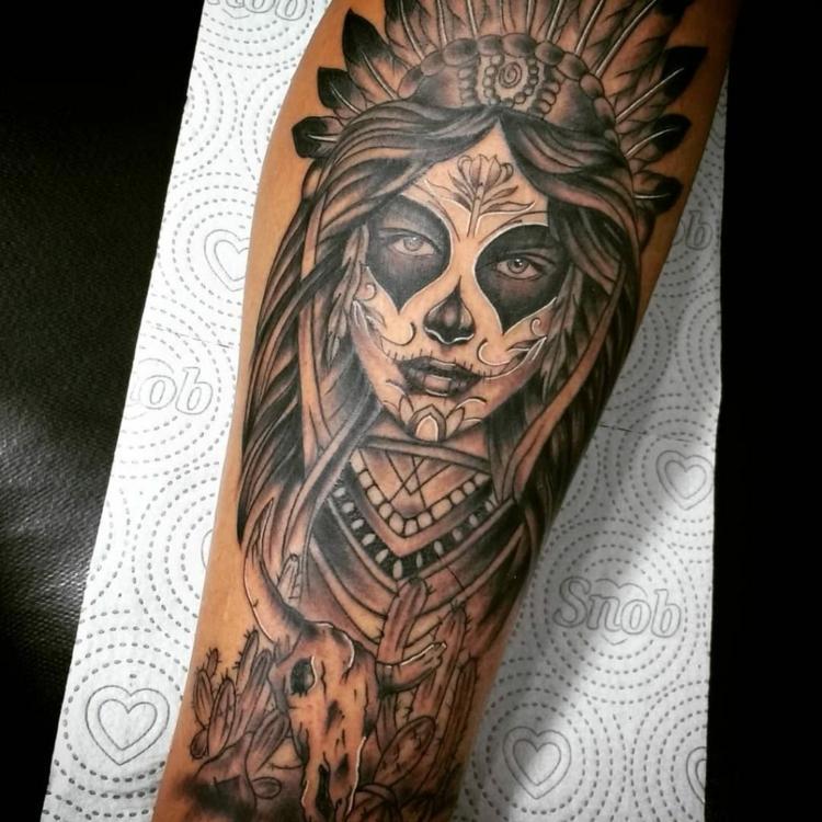 Kleine Tattoos Oberarm Tattooidee Com