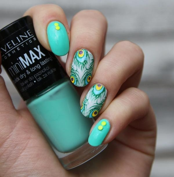 vernis-shellac-idee-deco-ongles-base-turquoise-paon