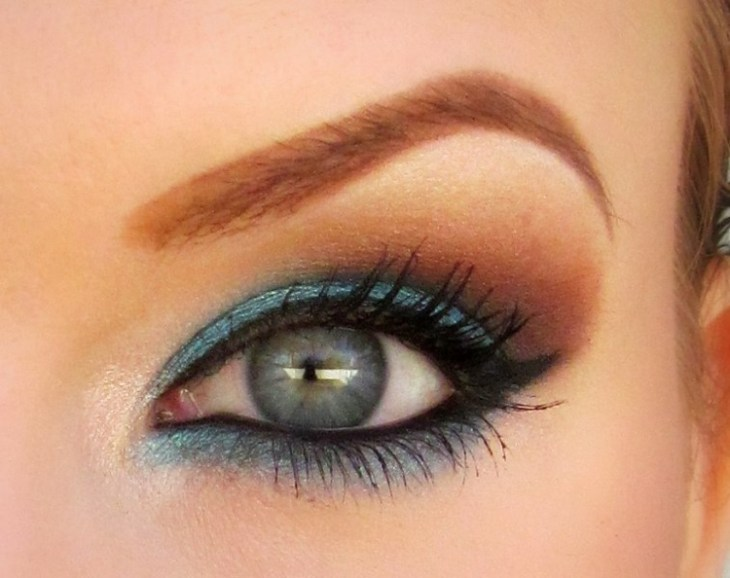 idees-maquillage-ete-turquoise-brillant-or-mascara idées maquillage