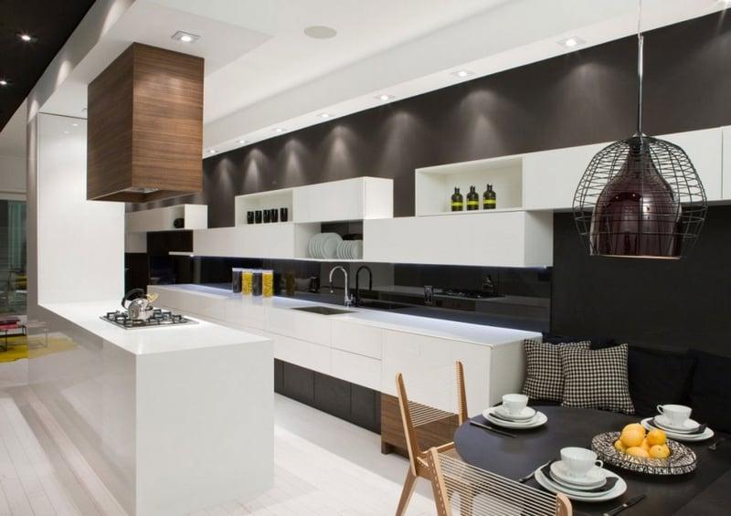 cuisine blanche et noire moderne ou