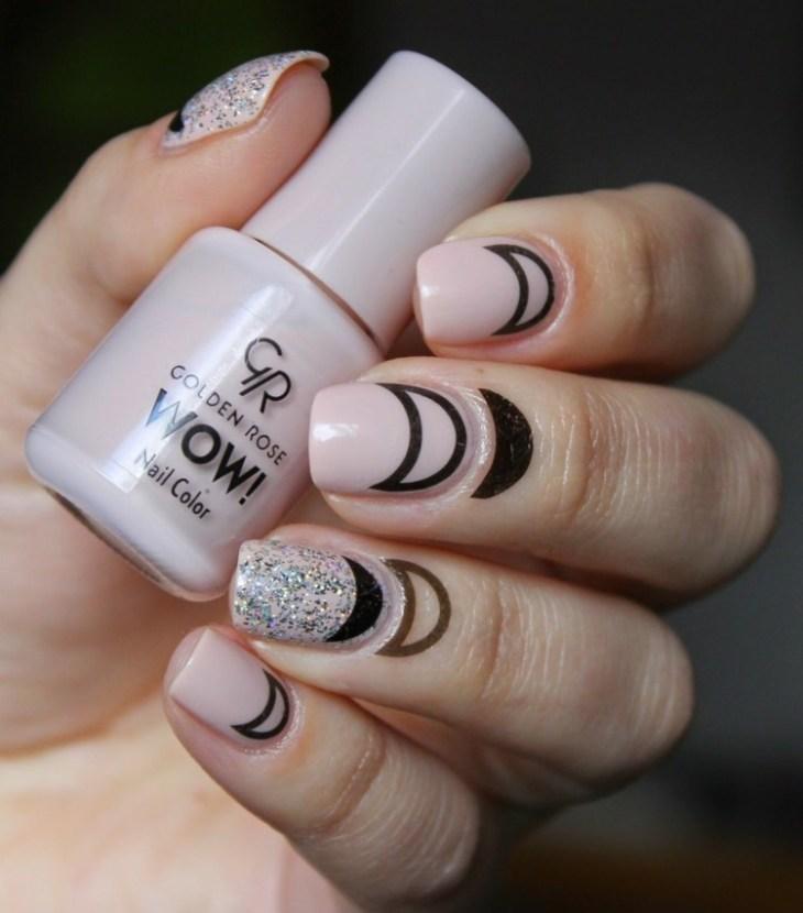 bijoux-peau-doigts-tatouages-flash-croissant-lune-nail-art-assorti-lunule