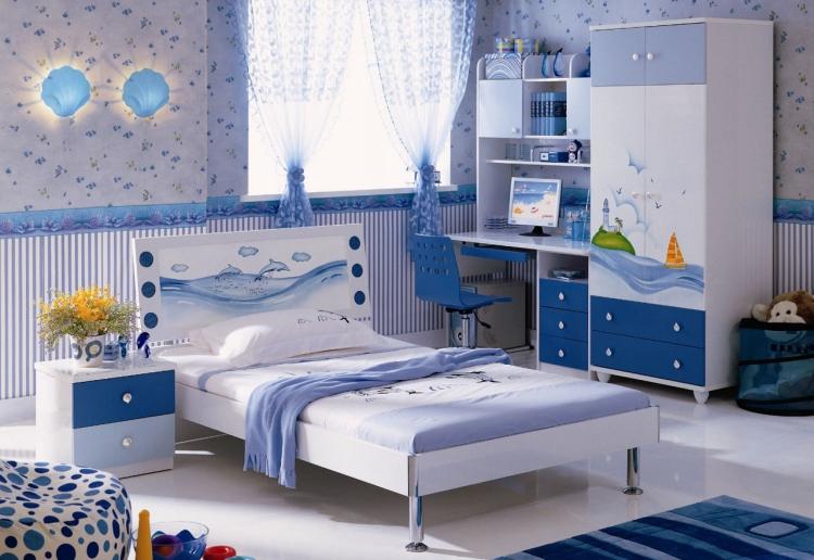 chambre enfant bleu et deco aux accents
