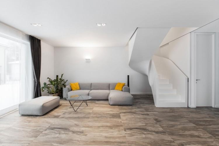 Escalier Demi Tournant Dans Un Appartement Moderne