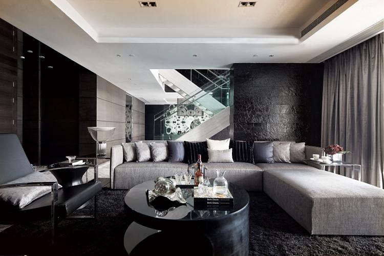 decoration salon moderne en noir pour