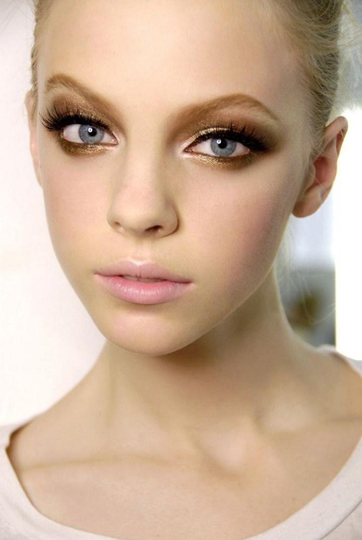 maquillage Saint-Valentin -levres-rose-pale-fard-paupieres-or