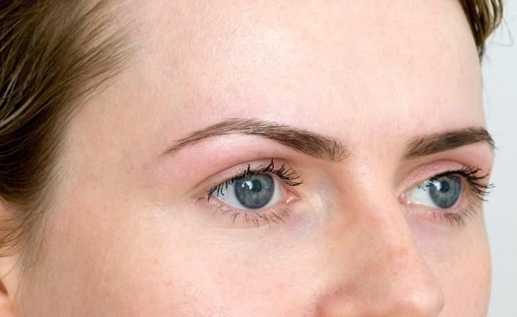 maquillage-permanent-sourcils-idées-conseils-pratiques
