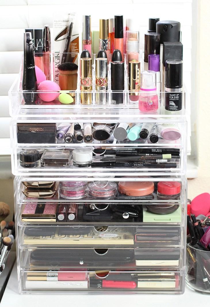 rangement-maquillage-plastique-transparent-plusieurs-étages
