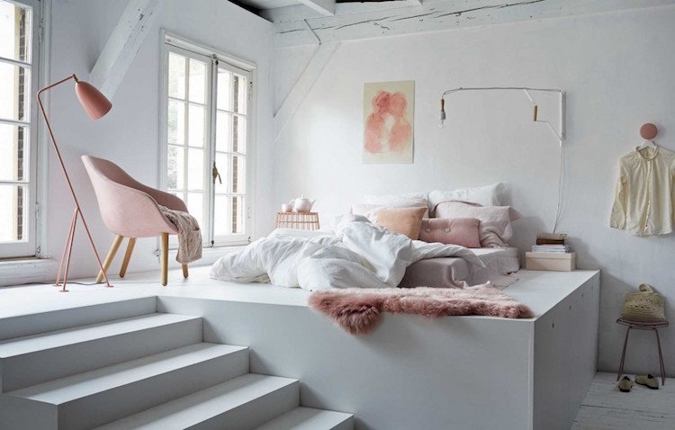 deco chambre adulte blanc rose pastel lit sureleve plate forme decoration chambre adulte inspiree par les top idees sur pinterest