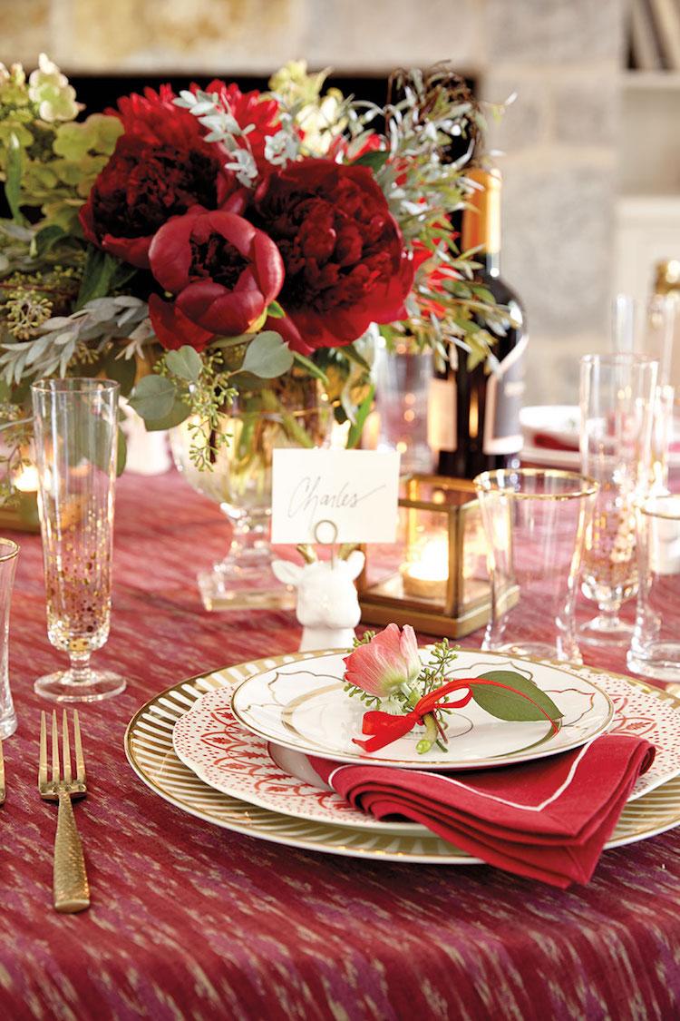 decoration table noel service chic verres mouchetes or 100 idees flambant neuves de decoration de table noel 2017 traditionnelle ou moderne