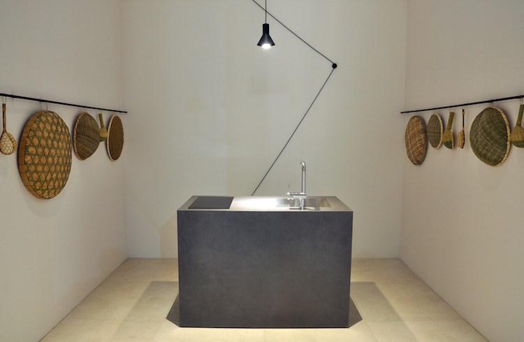 Kitchenette Pour Studio De Design Exclusif Ou L Impact Puissant Du Compact
