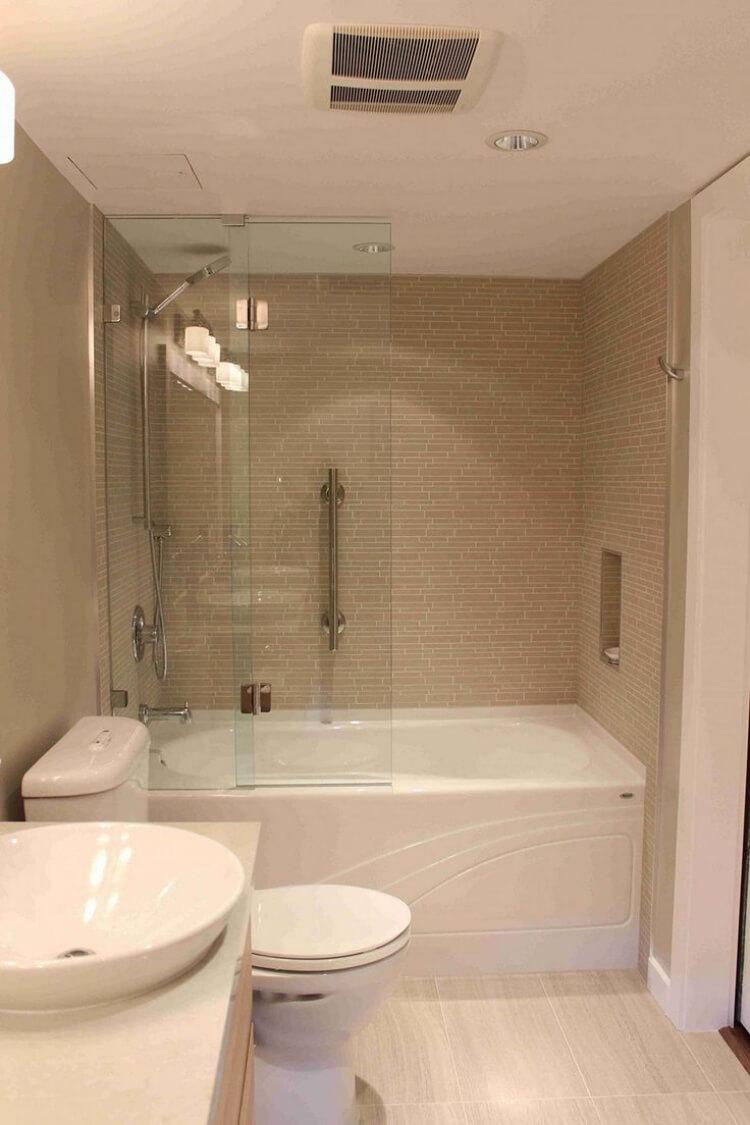 petite salle de bain de visu