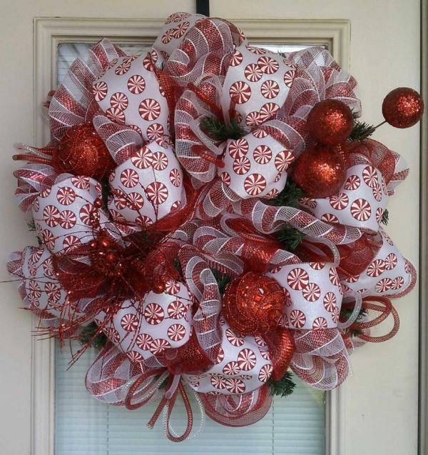 Christmas wreaths decorating ideas with ribbons and bows Christmas wreaths decorating ideas with ribbons and bows