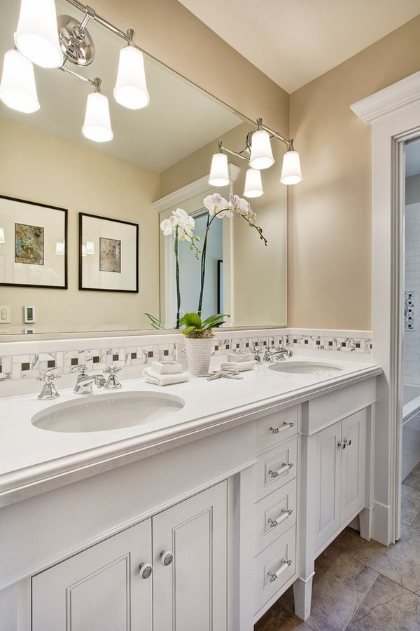 What Colors Go With Grey Bathroom Cabinets