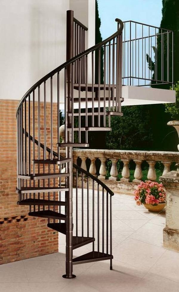 Outdoor Spiral Staircase Designs To Complement The House Exterior   Designs Of Stairs Outside House