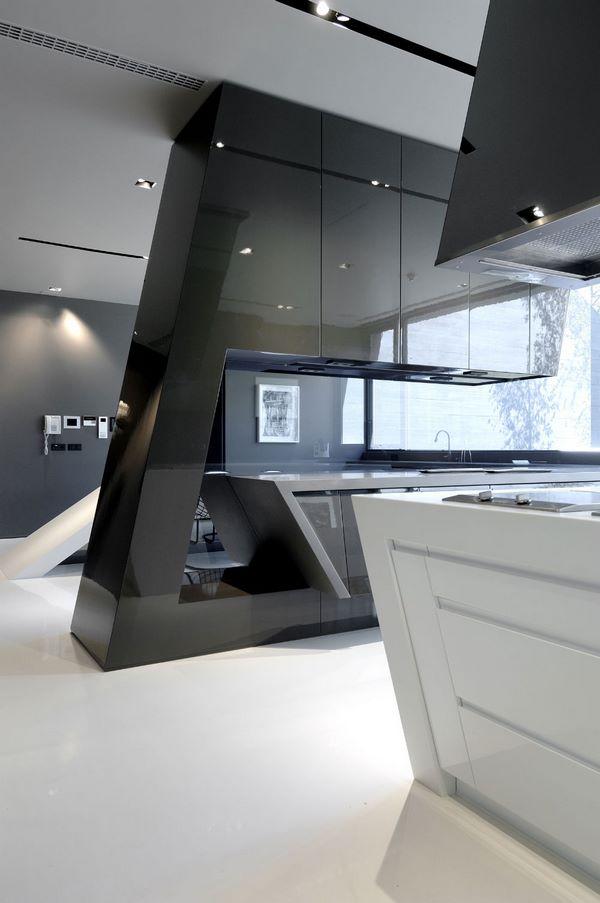 Top High Tech Kitchen Design Trends And Striking Interior