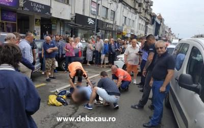 Accident cumplit în centrul Bacăului (FOTO). Doi băcăuni au fost spulberați pe trecerea de pietoni