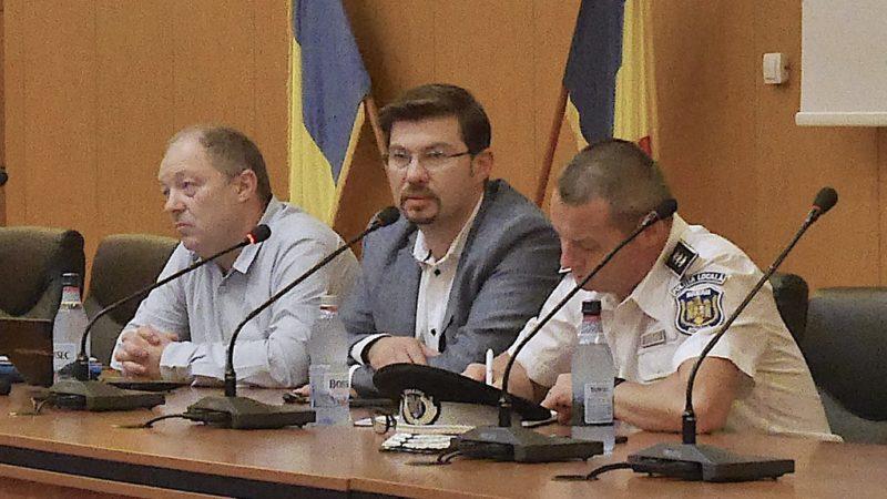Primăria Bacău a oferit informații referitoare la stadiul branșării la utilități a cartierului de locuințe Habitat for Humanity