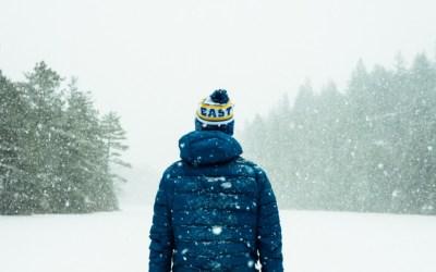 ALERTĂ METEO: Cod galben de viscol și ninsori în zona de munte a județului Bacău