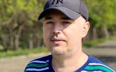 Jurnalistul băcăuan, Florin Popescu a câștigat la CEDO. El fusese condamnat de instanțele băcăuane pentru articole publicate pe pe blogul personal – aghiuță.ro