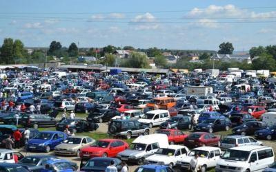 Primăria Bacău transformă târgul auto de la Șerbănești în parcare cu plată, pe durata stării de alertă