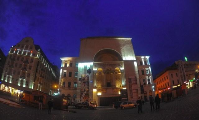 În Piața Victoriei va începe o nouă ediţie a Festivalului de operă şi operetă