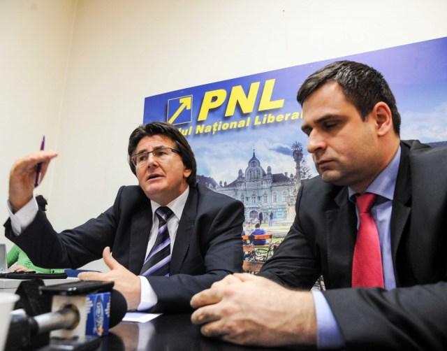 Nicolae Robu presedinte PNL Timis, Ciprian Jichici consilier local (5)