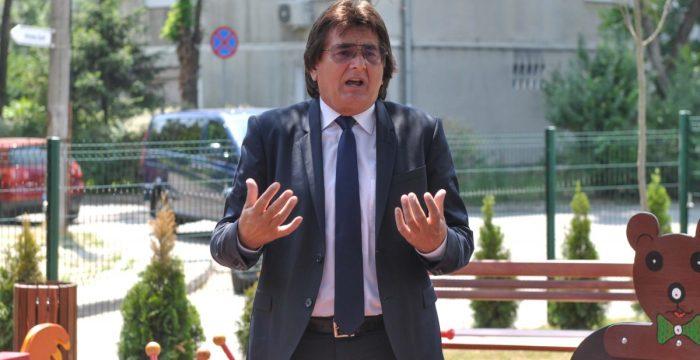 Nicolae Robu dă în judecată UPT