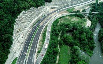 Autostradă la sârbi