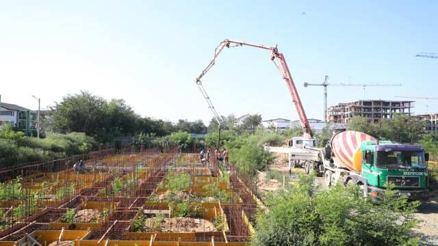 A fost turnată fundația blocurilor de la Giroc